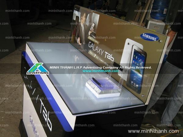 Sản xuất tủ trưng bày điện thoại Samsung Galaxy