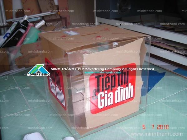 Thùng phiếu rút thăm / Báo Sài Gòn Tiếp Thị