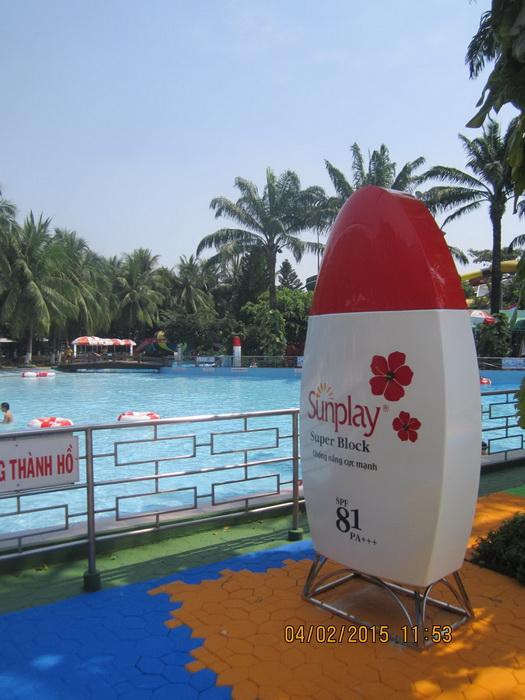 Sản xuất Mô hình quảng cáo chai Sunplay Đầm Sen