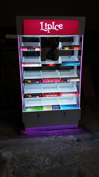 Sản xuất tủ trưng bày Lipice - Oxy