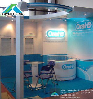 OralB exhibition booth