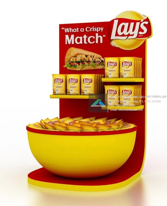 Mẫu kệ trưng bày sản phẩm trong siêu thị