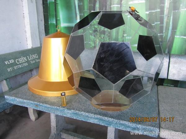 sản xuất POSM thùng rút thăm hình quả bóng