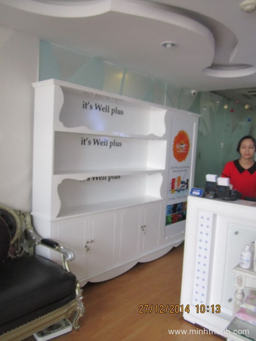 Manufacturing BOM cosmetics  cabinets & display shelves