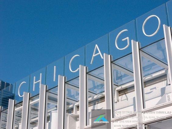 chữ nổi tại các tòa nhà