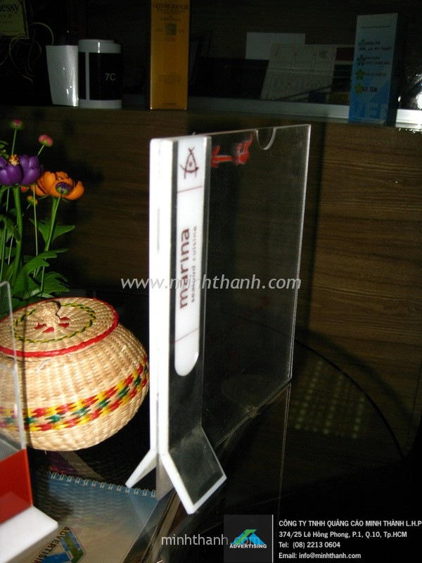 Tent Card / Menu and  brochure leaflet acrylic shelvesNgoc Suong restaurant