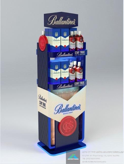 Mẫu Kệ trưng bày rượu Ballantine's