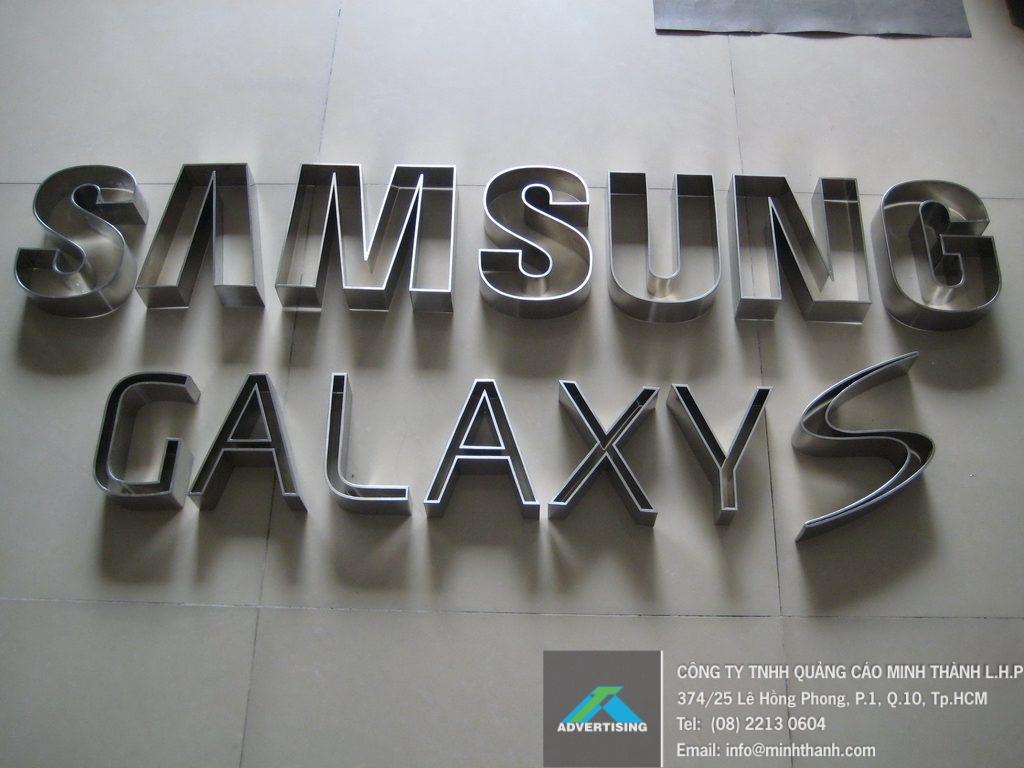 Sản xuất chữ nổi inox xước SamSung GalaxyS