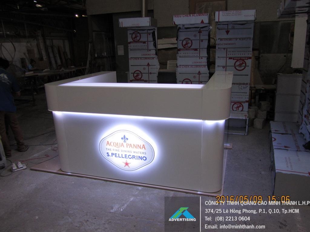 Sản xuất quầy bar mini Acqua Panna